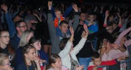 Fanatic rozgrzał publiczność w Pawłosiowie (ZDJĘCIA, WIDEO)