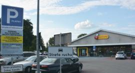 90 złotych za brak biletu na parkingu Biedronki