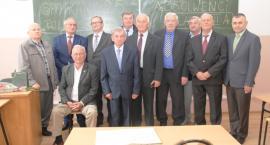 Absolwenci spotkali się po 58 latach od opuszczenia murów szkoły