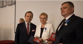 Prezydent RP i marszałek docenili działania Elżbiety Rusinko i Towarzystwa