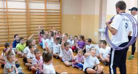 Biegacze zachęcają uczniów do aktywności