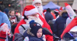 Motocyklowi Mikołaje zjechali na Rynek