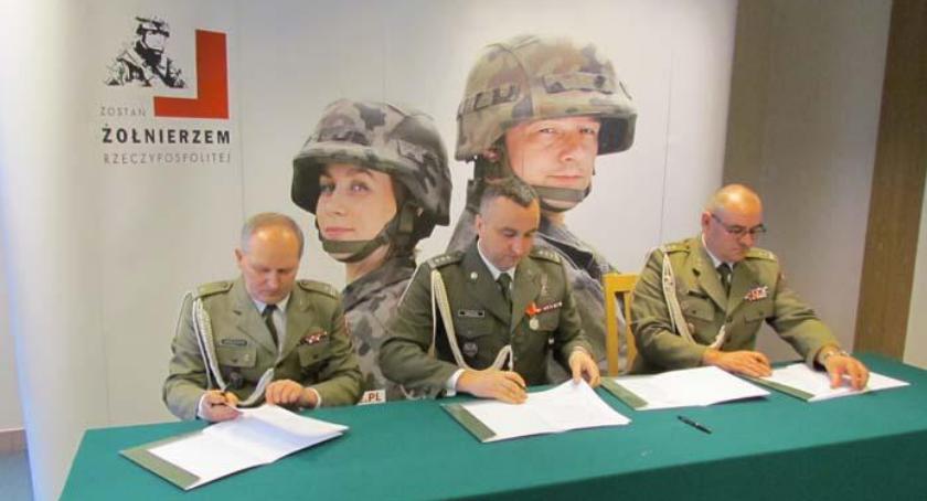 Newsy, Wojskowy Komendant Uzupełnień [FOTO] - zdjęcie, fotografia