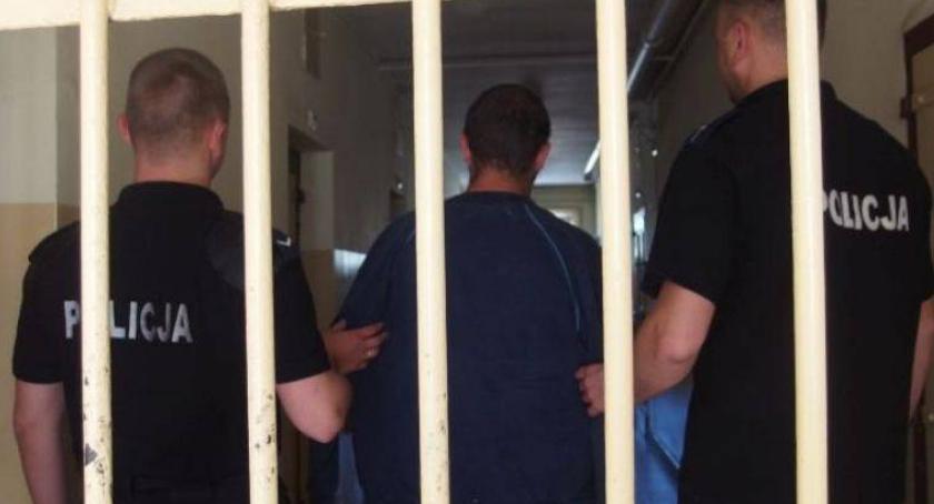 Kronika kryminalna, Weszli cudzego świcie Grozi więzienia - zdjęcie, fotografia