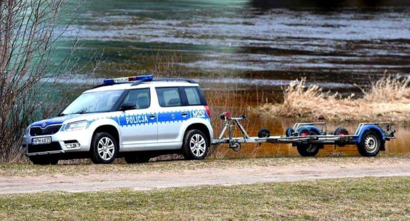 Kłusownicy muszą mieć się na baczności. Policjanci rozpoczęli służbę na wodzie