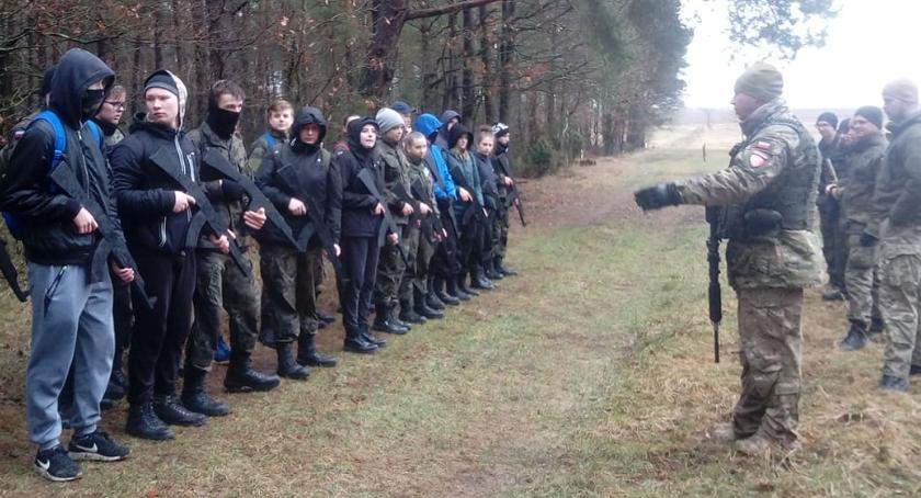 Łomżanie, Rekrutacja szeregi Jednostki Strzeleckiej Pułku Piechoty Ziemi Łomżyńskiej [FOTO] - zdjęcie, fotografia