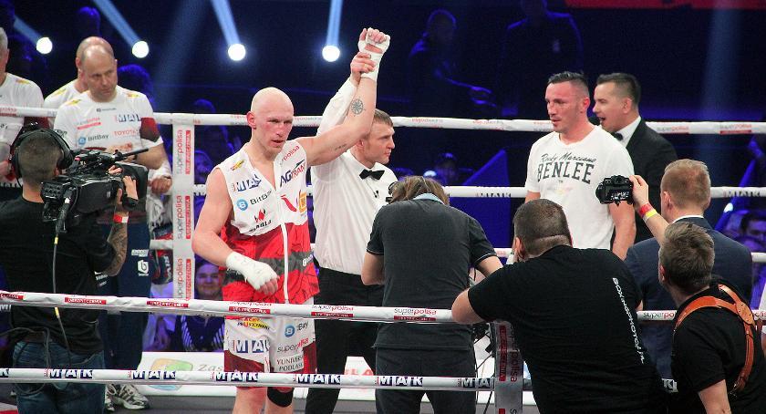 Boks, Łomża Krzysztof Diablo Włodarczyk pokonał Alexandru [FOTO] - zdjęcie, fotografia