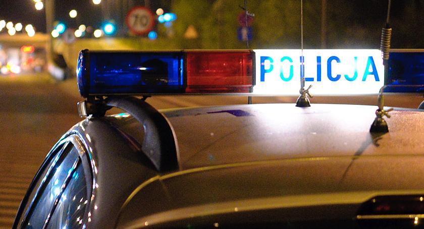 Komunikaty policji , Trafił przed jazdę uprawnień rozprawie odjechał samochodem - zdjęcie, fotografia