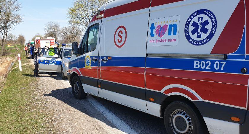 Wypadki drogowe, Domino kobiety szpitalu! [FOTO] - zdjęcie, fotografia