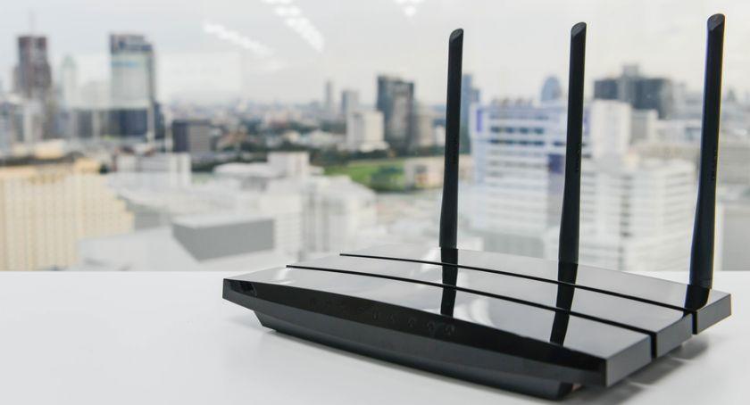 Szkoły i edukacja, Modem router różnią który wybrać - zdjęcie, fotografia