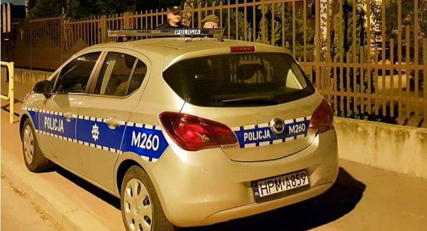 Komunikaty policji , Łomża Policja nadal pilnuje szkół [FOTO] - zdjęcie, fotografia