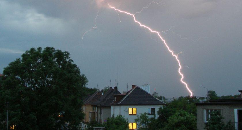 Ostrzeżenia meteo, Łomżą! wydał ostrzeżenie drugiego stopnia - zdjęcie, fotografia