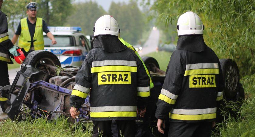 Wypadki drogowe, Wypadek trasie Jedwabne Przytuły osoby szpitalu [FOTO] - zdjęcie, fotografia