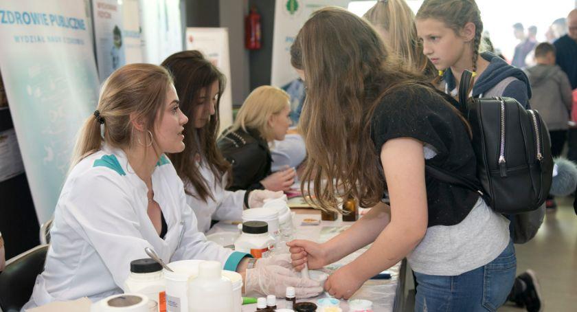 Szkoły i edukacja, Łomża Popularnonaukowy festiwal PWSIiP [FOTO] - zdjęcie, fotografia