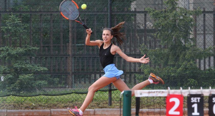 Tenis ziemny tenis stołowy badminton, Łomża Piątuś [FOTO] - zdjęcie, fotografia