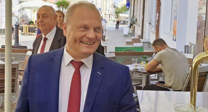 Posłowie łomżyńscy, Milioner Łomży poselskich ławach! - zdjęcie, fotografia