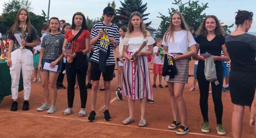 Tenis ziemny tenis stołowy badminton, Łomża Letnie Mistrzostwa Miasta Tenisie [FOTO] - zdjęcie, fotografia
