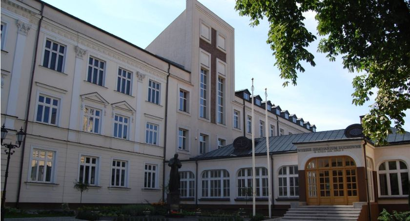Kościół, Czujesz powołanie Wyższe Seminarium Duchowne Łomży rozpoczęło rekrutację - zdjęcie, fotografia