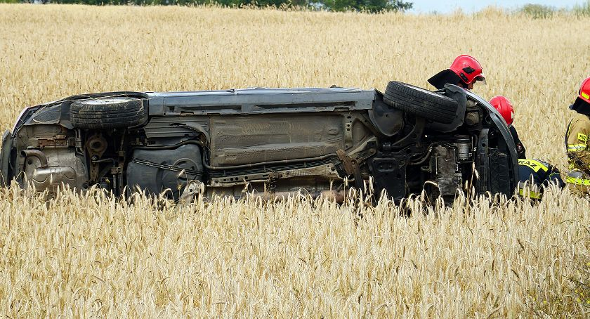 Wypadki drogowe, Wypadek drodze Nowogrodu! osoby szpitalu [FOTO] - zdjęcie, fotografia