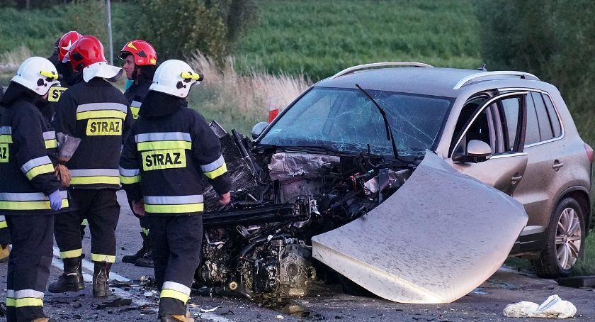 Wypadki drogowe, osoby szpitalu groźnym wypadku trasie Łomża Śniadowo [FOTO] - zdjęcie, fotografia