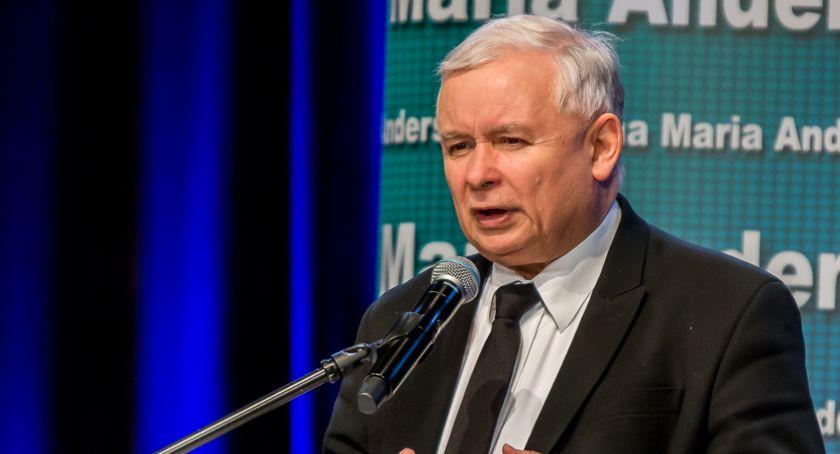 Partie polityczne, Kaczyński ogłosił jedynki Prawa Sprawiedliwości Sejmu - zdjęcie, fotografia