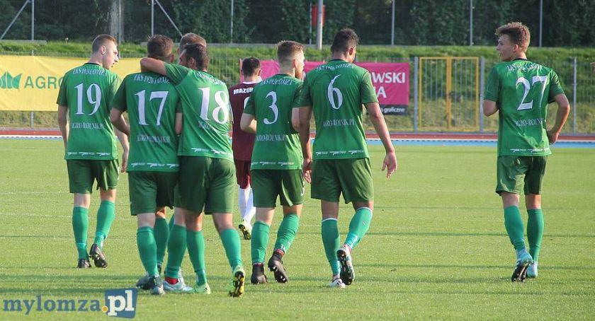 Piłka nożna, Speichler zostaje Łomży sparingów przed nowym sezonem - zdjęcie, fotografia