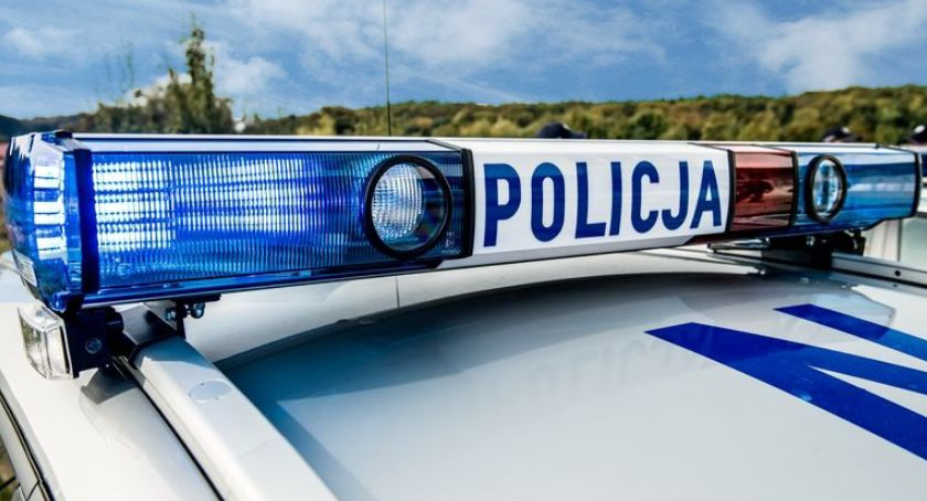 Komunikaty policji , Zdecydowanie szybko obszarze zabudowanym - zdjęcie, fotografia