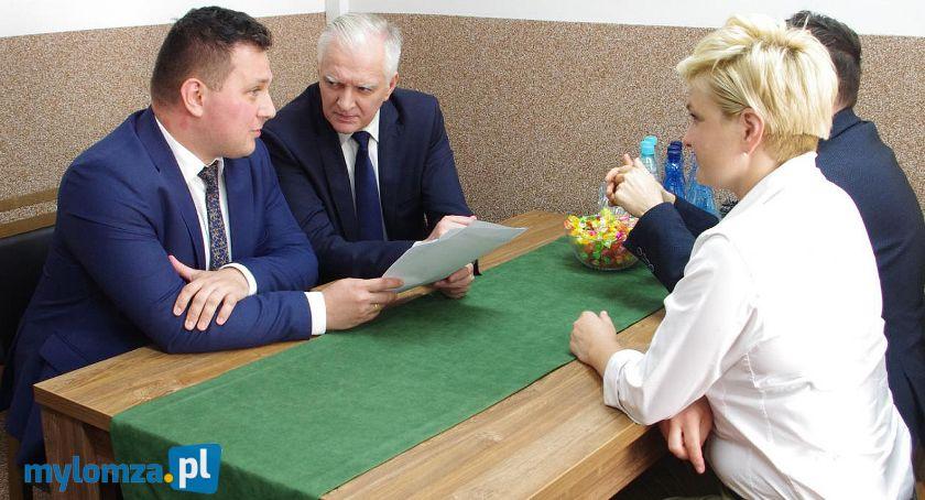 Partie polityczne, Miasto atrakcyjną propozycją Łomży - zdjęcie, fotografia