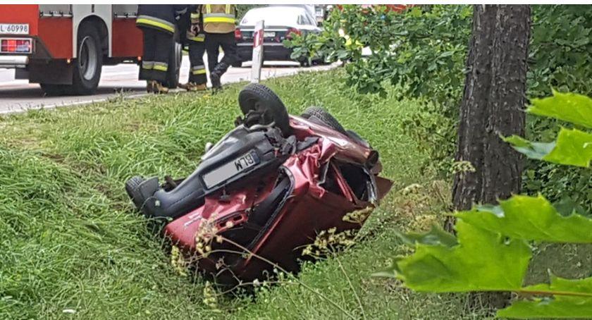 Wypadki drogowe, Kolejne rowie Morgownikami! Kobieta szpitalu [FOTO] - zdjęcie, fotografia