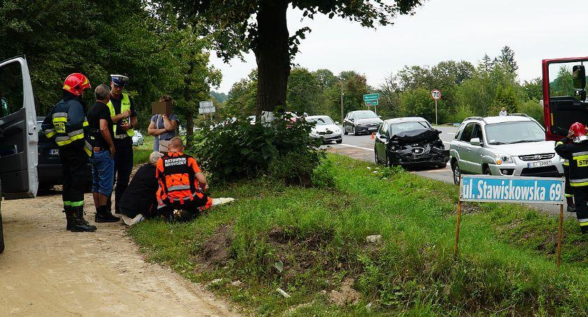 Wypadki drogowe, Marianowo osoby szpitalu zderzeniu [FOTO] - zdjęcie, fotografia
