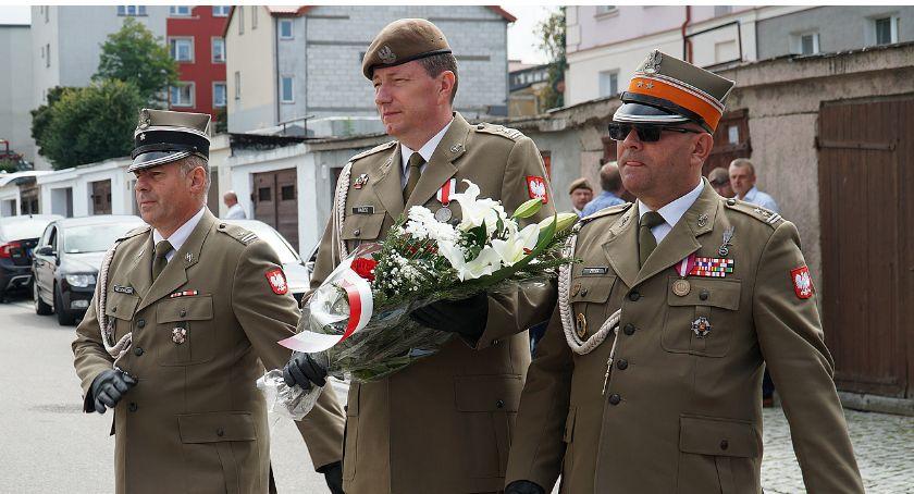 Łomżanie, Rozpoczęły łomżyńskie obchody Święta Wojska Polskiego [FOTO] - zdjęcie, fotografia