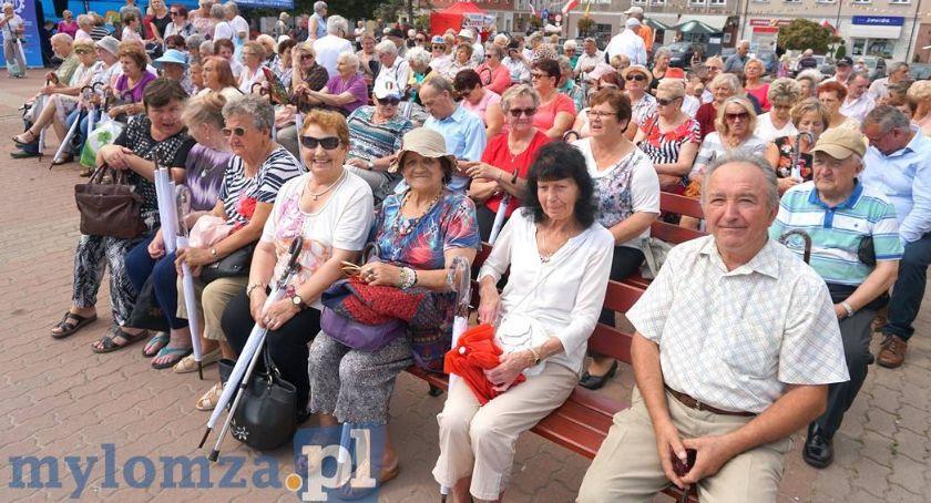 Łomżanie, Łomża Program szczepień seniorów pozytywną opinią - zdjęcie, fotografia