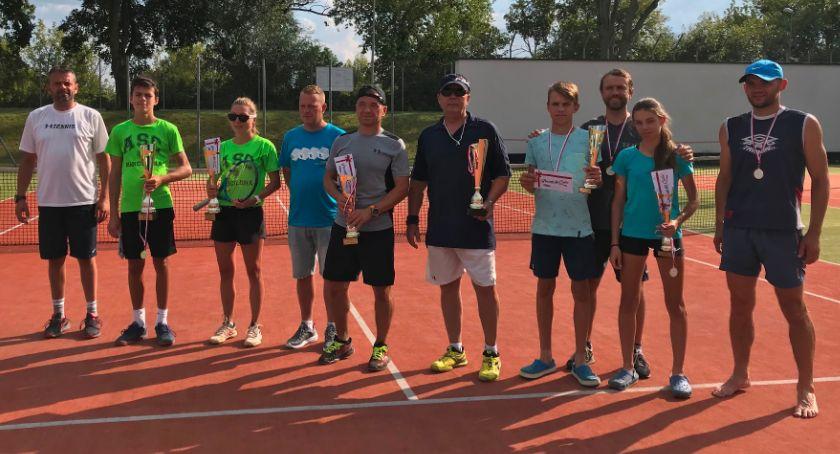 Tenis ziemny tenis stołowy badminton, Turniej Deblowy Puchar Prezydenta Miasta Łomży [FOTO] - zdjęcie, fotografia
