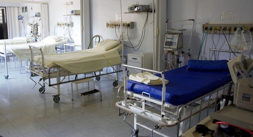 Zdrowie i uroda, Łomżyński szpital zaopiekuje chorymi pęcherzowe oddzielanie naskórka - zdjęcie, fotografia