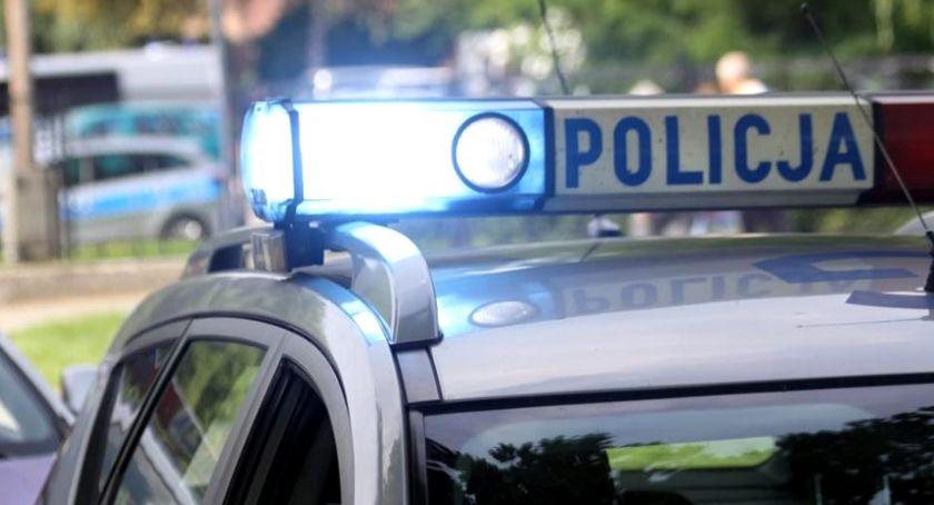 Wypadki drogowe, Mieszkanka naszego powiatu narozrabiała drodze Sześć kobiet trafiło szpitala - zdjęcie, fotografia