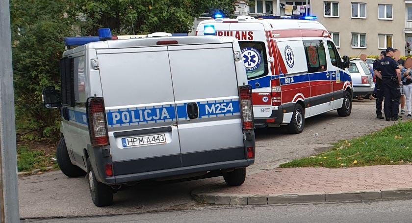 Wypadki drogowe, Potrącenie Nowogrodzkiej Kobieta zabrana szpitala - zdjęcie, fotografia