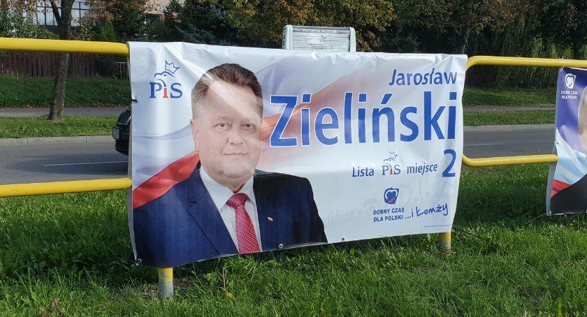Partie polityczne, Banery wyborcze wiszą niezgodnie prawem - zdjęcie, fotografia