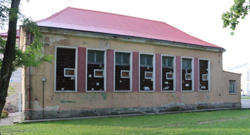 Szkoły i edukacja, powstanie ciągu - zdjęcie, fotografia