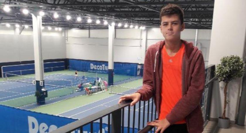 Tenis ziemny tenis stołowy badminton, Wiktor Tennis Europe Junior - zdjęcie, fotografia