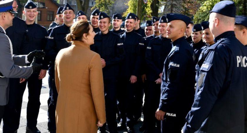 Komunikaty policji , funkcjonariusze podlaskim garnizonie policji [FOTO] - zdjęcie, fotografia