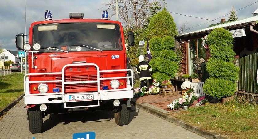 Pożary i interwencje straży, Poranny pożar zakładzie pogrzebowym [FOTO] - zdjęcie, fotografia
