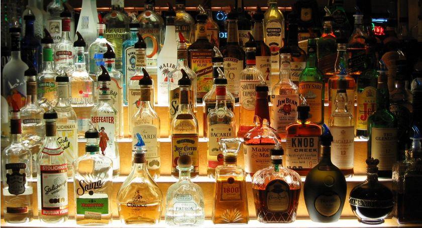 Rada Miejska w Łomży, oddalił skargę alkoholowe rozstrzygnięcie wojewody - zdjęcie, fotografia