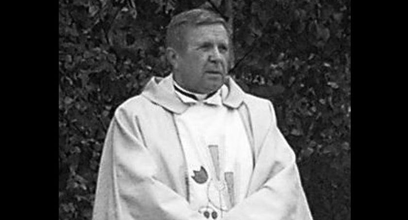 Kościół, Zmarł wieloletni proboszcz parafii Dobrym Lesie Drozdowie - zdjęcie, fotografia
