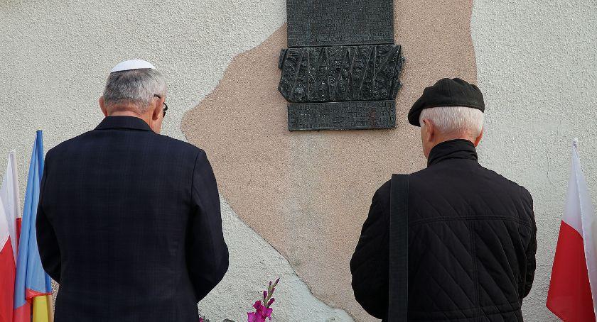 Historia, Łomża Uczcili pamięć pomordowanych Żydów [FOTO] - zdjęcie, fotografia