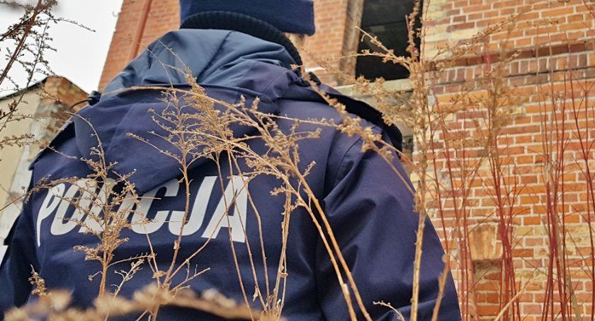 Komunikaty policji , Sprawdzają miejsca gdzie mogą przebywać bezdomni - zdjęcie, fotografia