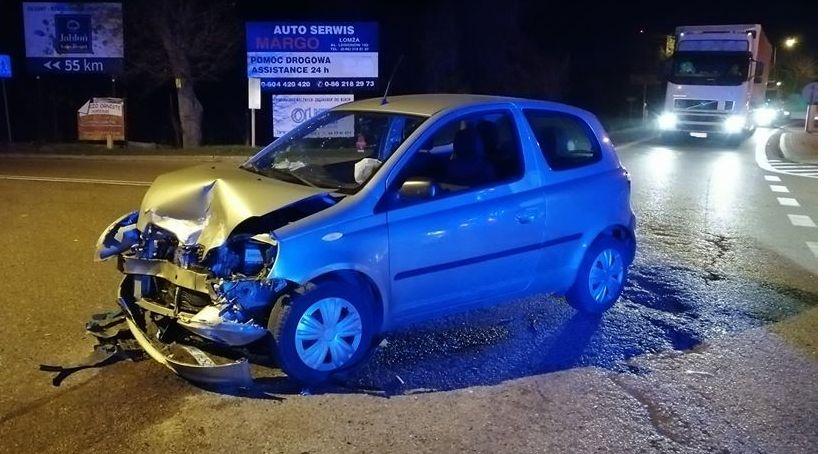Wypadki drogowe, Groźny wypadek Kisielnicy [FOTO] - zdjęcie, fotografia