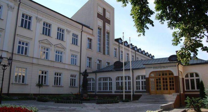 Kościół, Spędź weekend łomżyńskim seminarium - zdjęcie, fotografia
