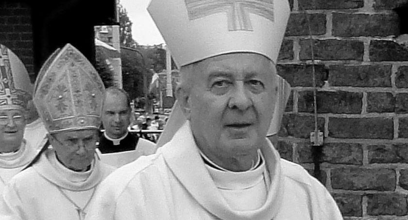 Kościół, Zmarł Juliusz Paetz były biskup łomżyński - zdjęcie, fotografia