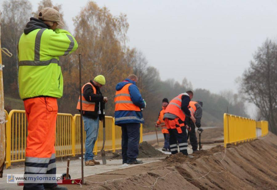 Region, Kontrowersyjna ścieżka rowerowa powstaje okolicach Łomży [VIDEO FOTO] - zdjęcie, fotografia