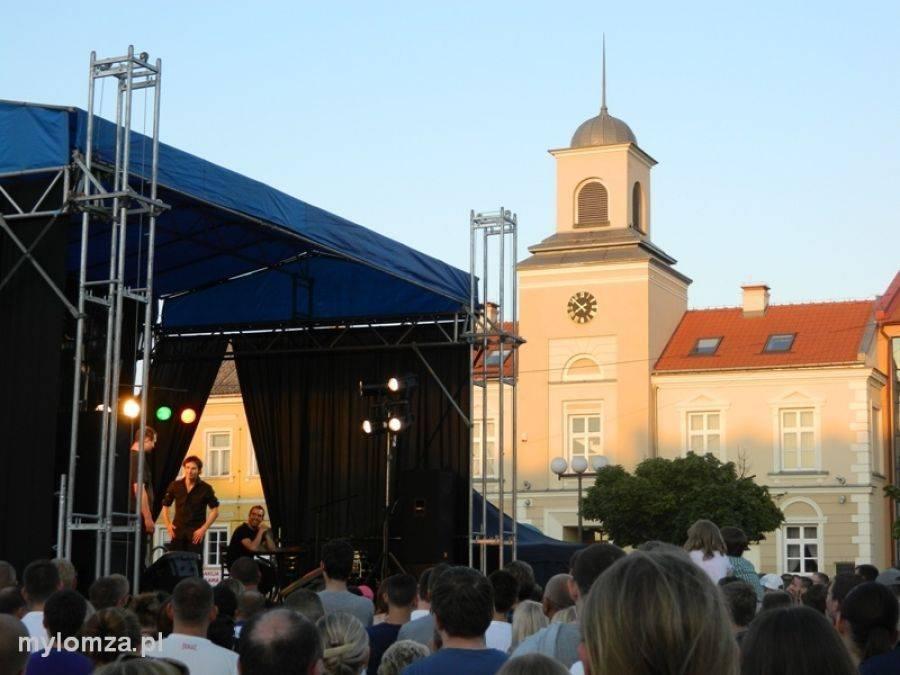 Łomża, Śmiech Starym Rynku będzie dopiero kabaret - zdjęcie, fotografia